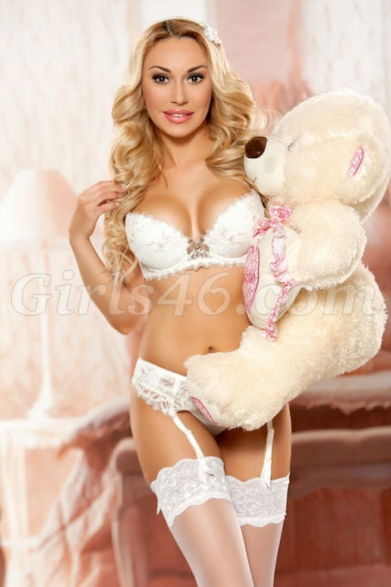 Margarita 25 Y O Girls46 Com